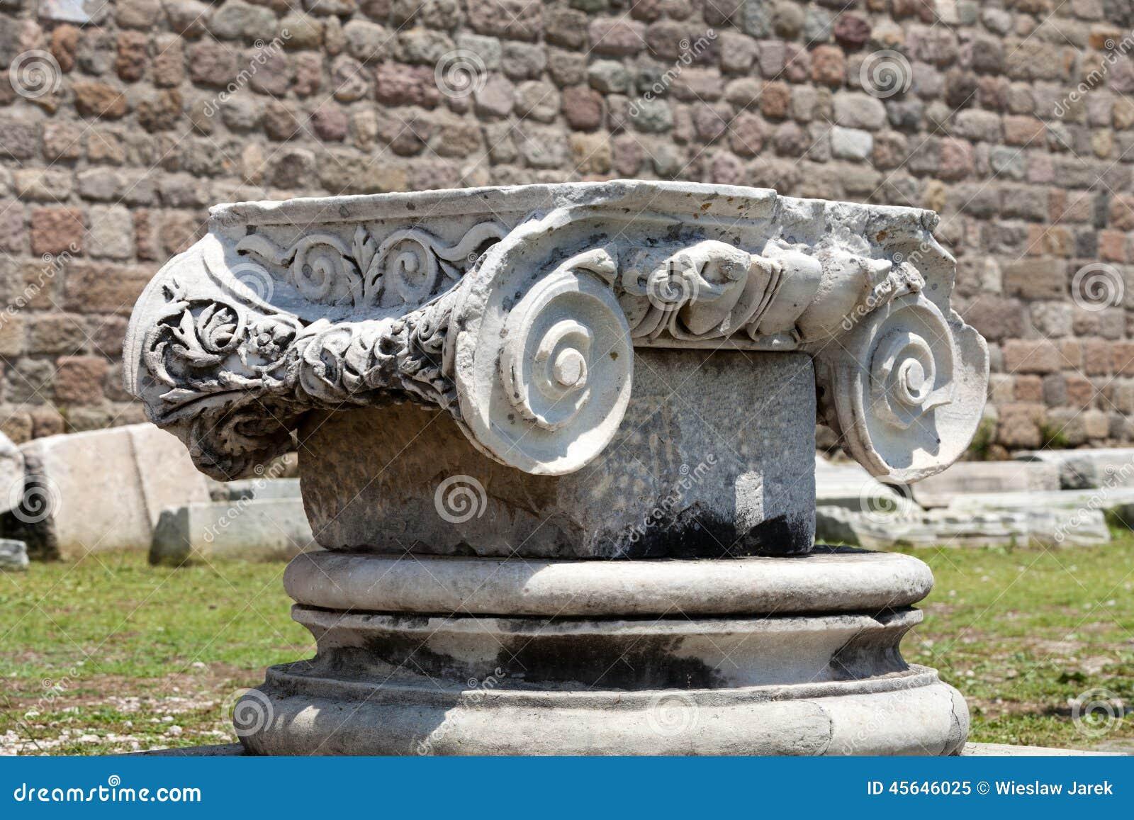 Capital de coluna Ionian