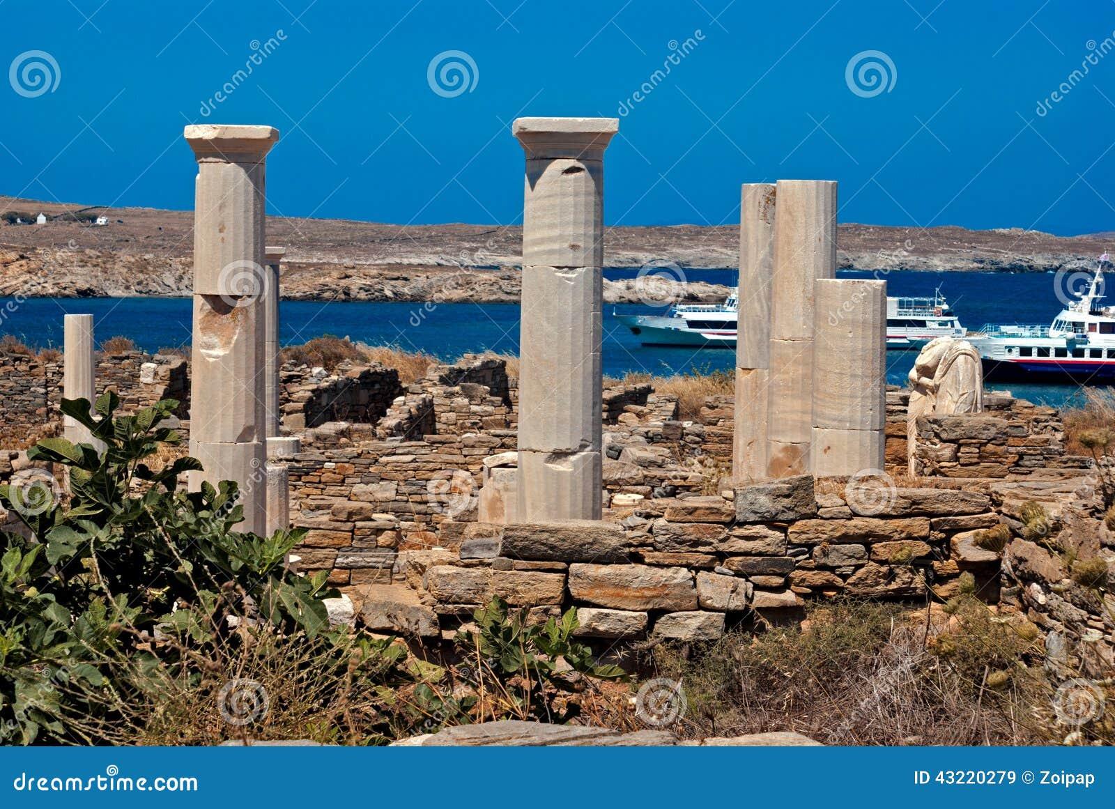 Capitale di colonna ionico, dettaglio architettonico sull isola di Delos