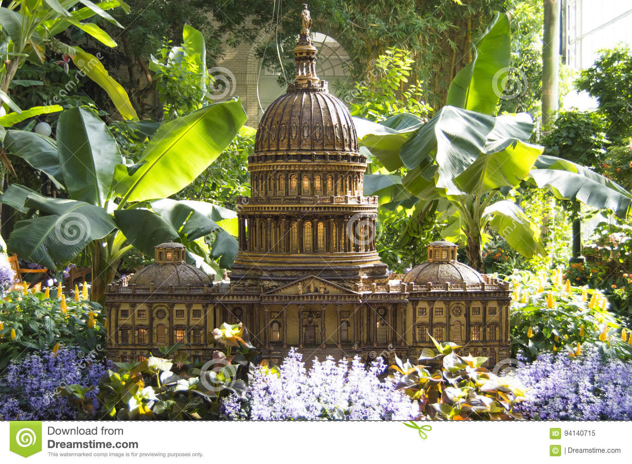 Capitol Miniature In Botanic Gardens Editorial Image - Image of ...