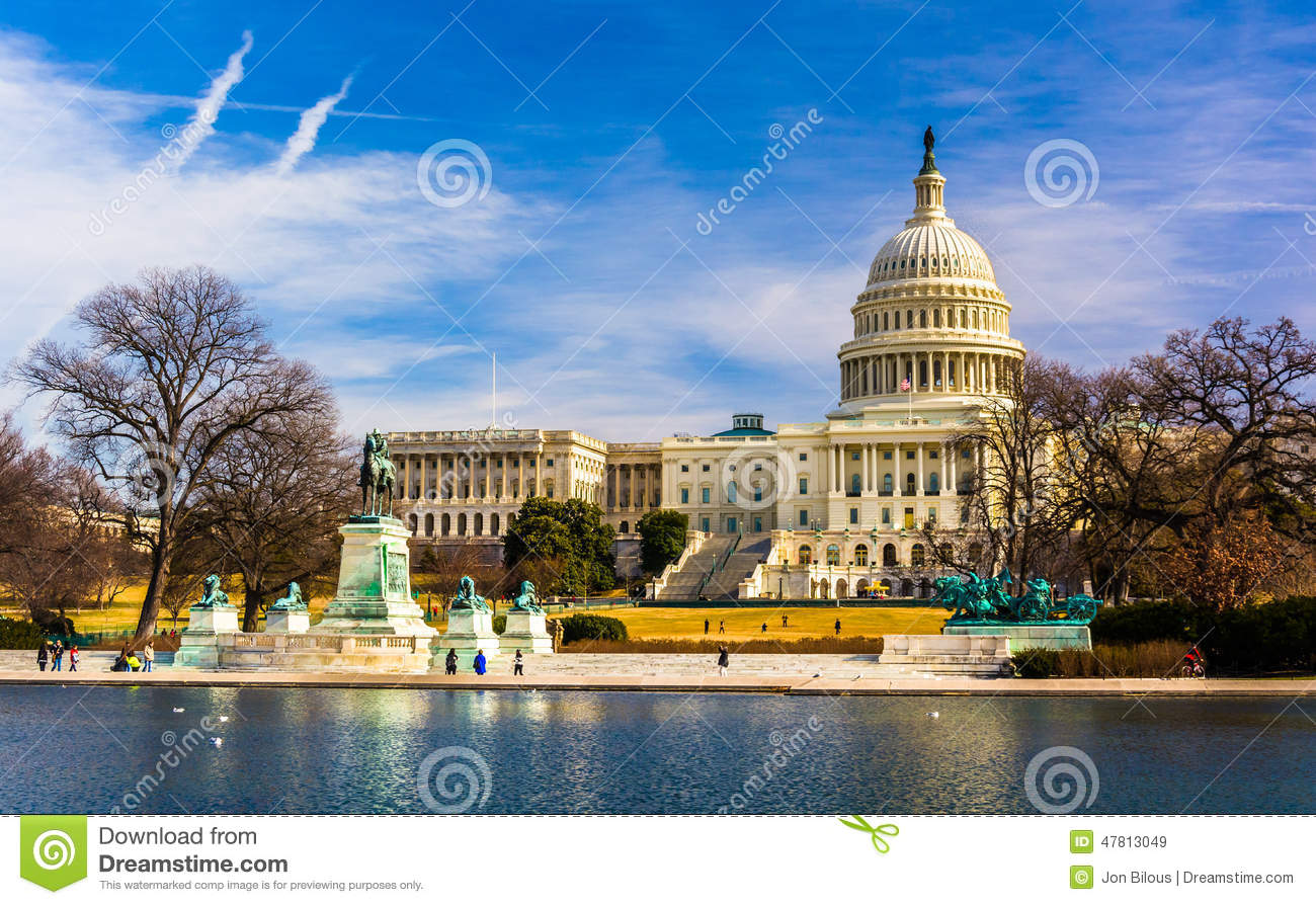 The capitol and reflecting pool in washington dc stock for Pool design washington dc