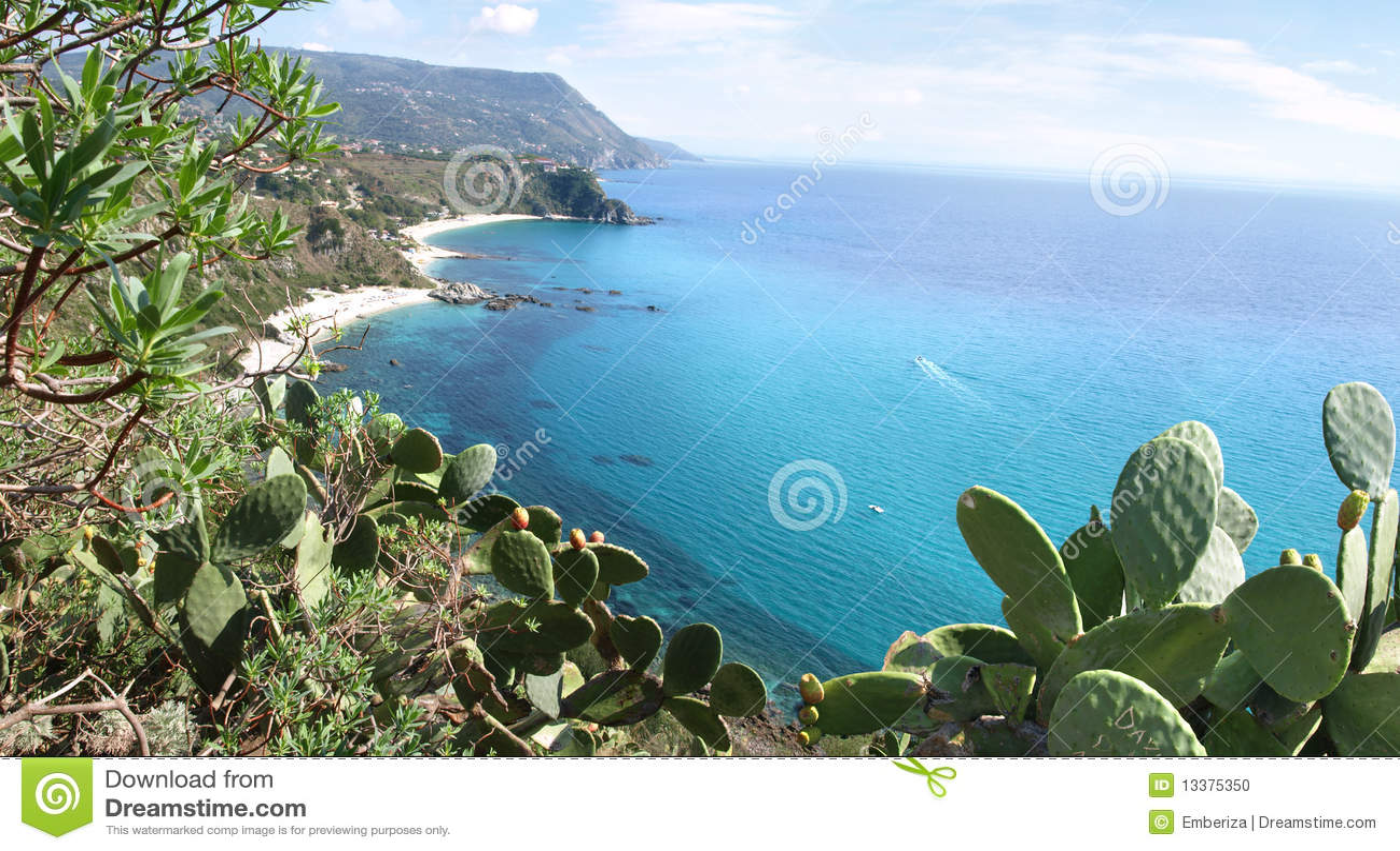 Capo Vaticano Italy  City new picture : Capo Vaticano, Calabria, Italy ponto de vista atrativo em Calabria.