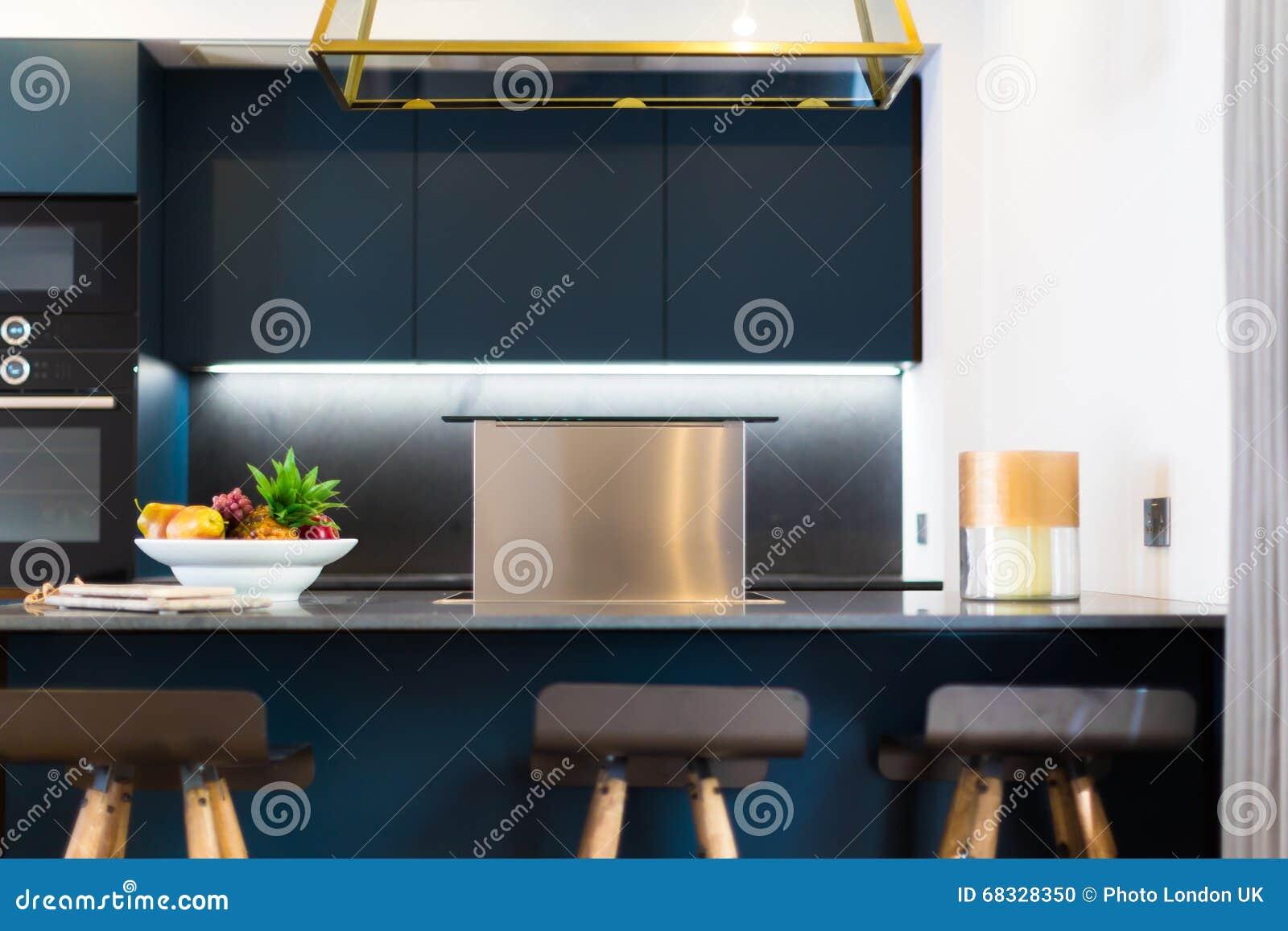Cappa Da Cucina Moderna Di Misura Fotografia Stock ...