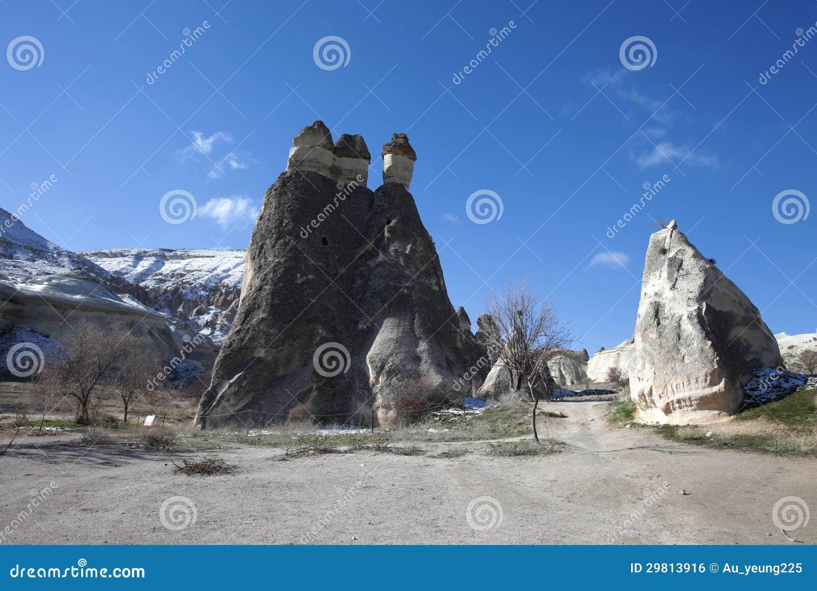 Het landschap van de schoorsteen van de fee van cappadocia reis turkije royalty vrije stock - Centraal geschorste schoorsteen ...