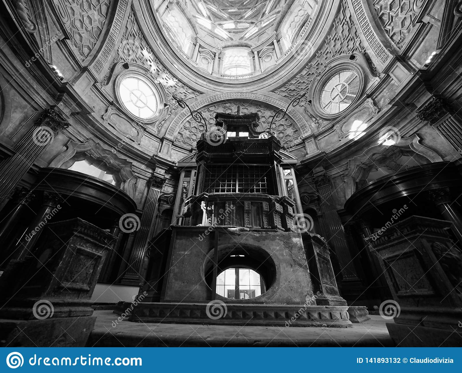 Cappella della Sindone i Turin i svartvitt
