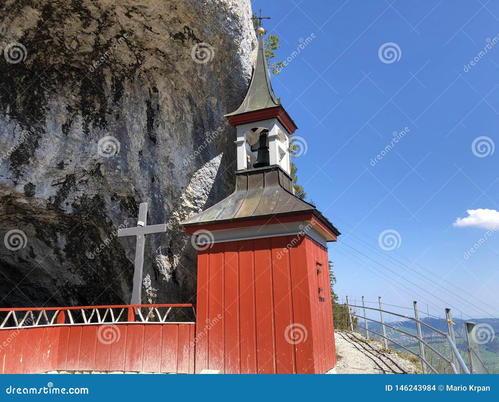 Cappella di St Michael o della st Michaels Kapelle di Wildkirchli oder nella catena montuosa di Alpstein e nella regione di Appen