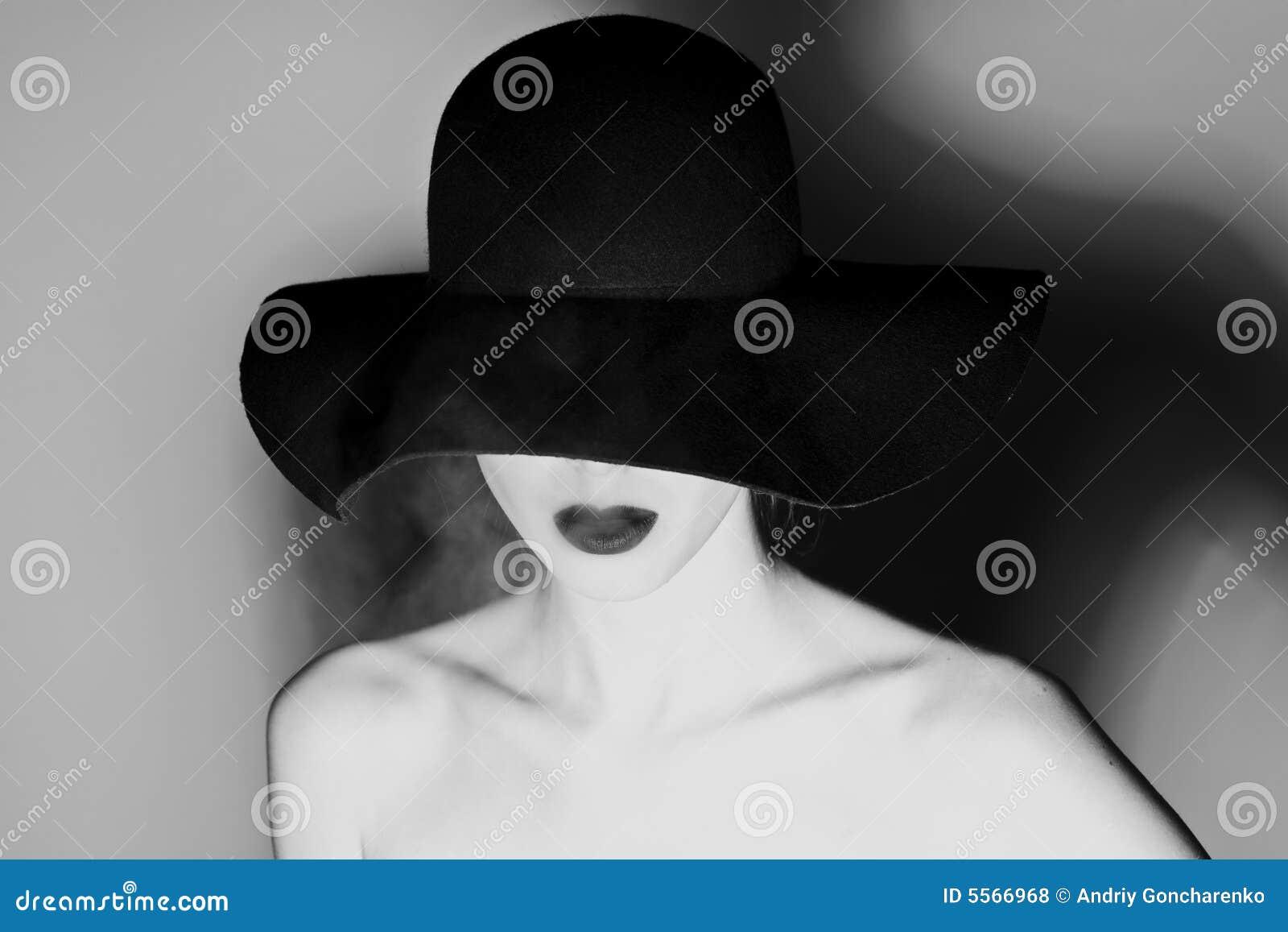 Cappello fotografia stock. Immagine di arte, adattato ...