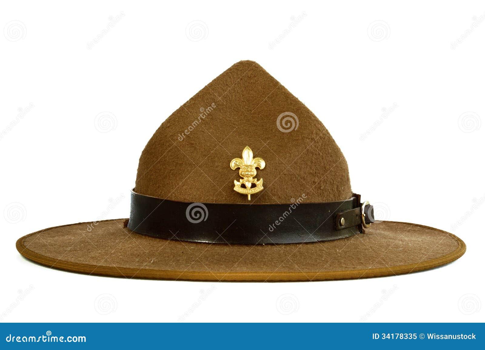 Cappello del bordo di Brown (cappello dell esploratore) isolato sulle  sedere bianche dcfa227e37af