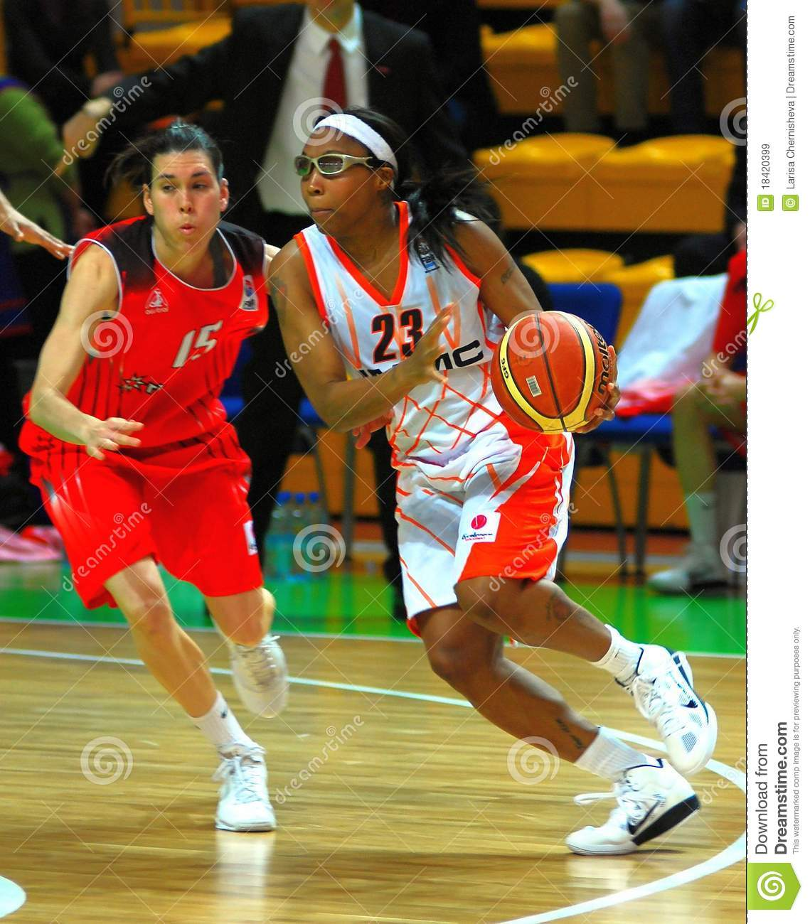 Cappie Pondexter playing ball
