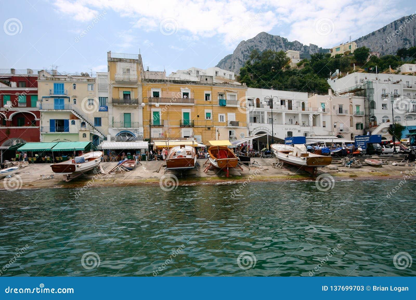 Capri, Itália - o porto grande