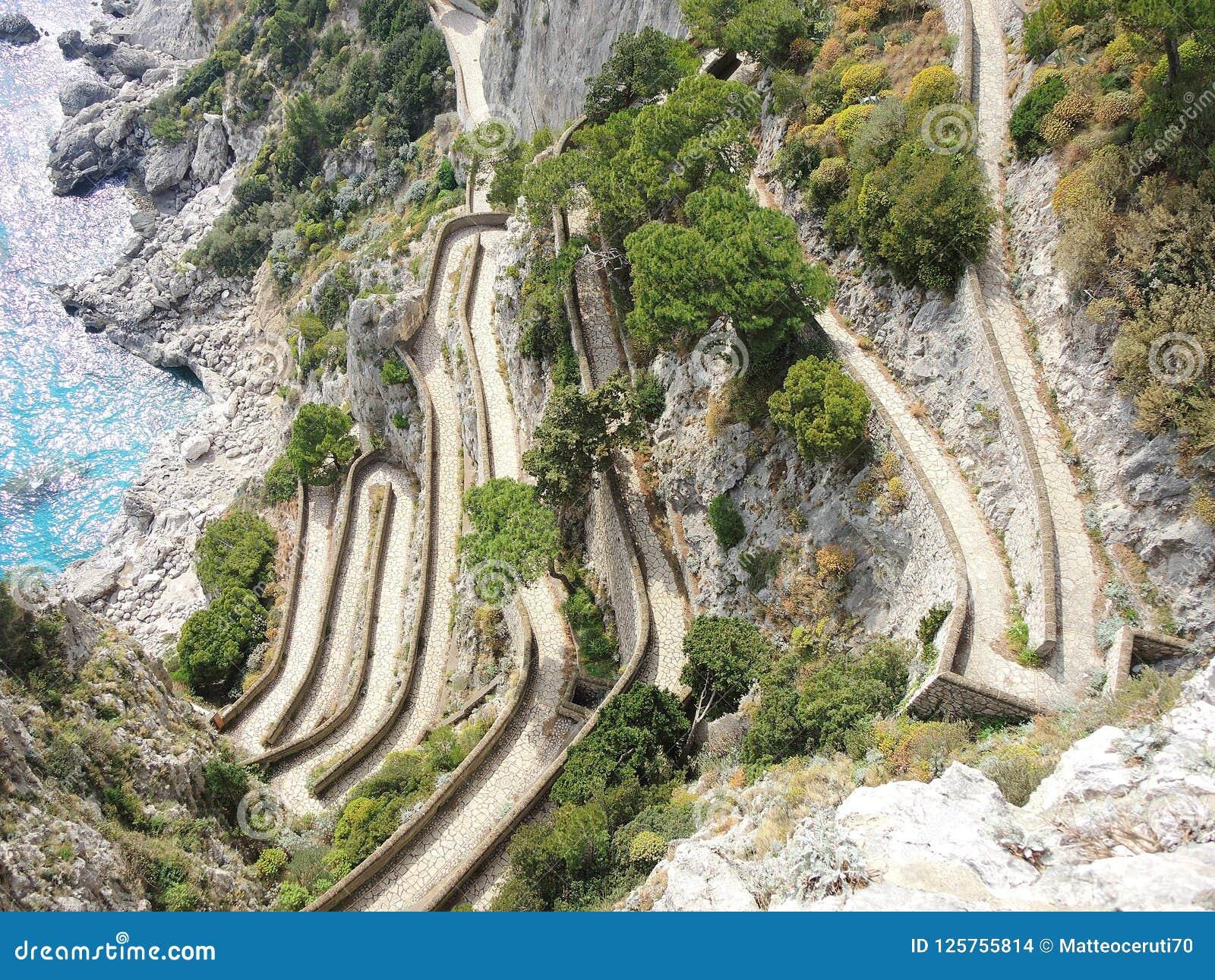 Capri, Włochy, Przez Krupp Ja jest historycznym brukującym footpath