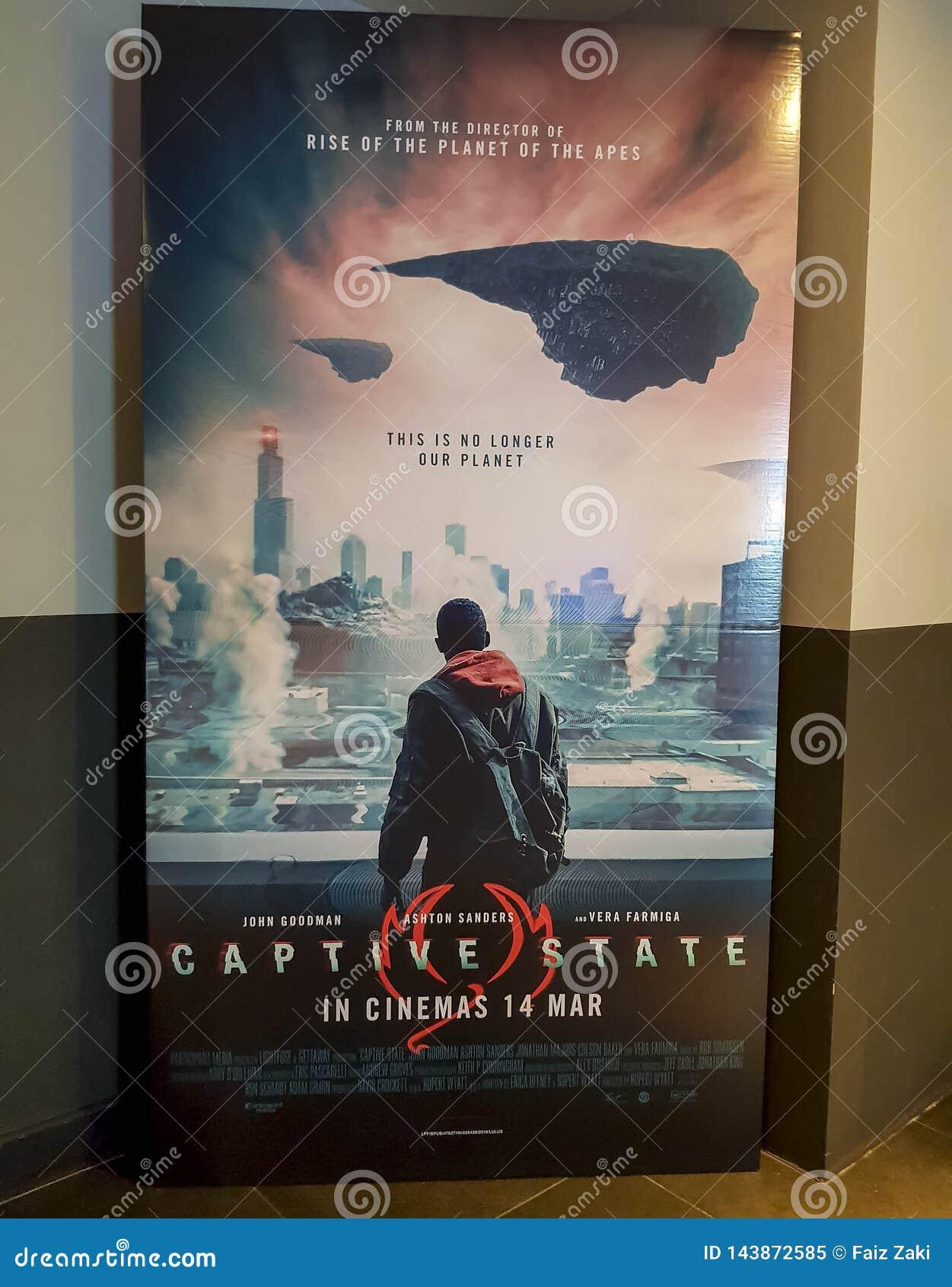 Captitve stanu filmu plakat Ten film jest o extraterrestrial konflikcie