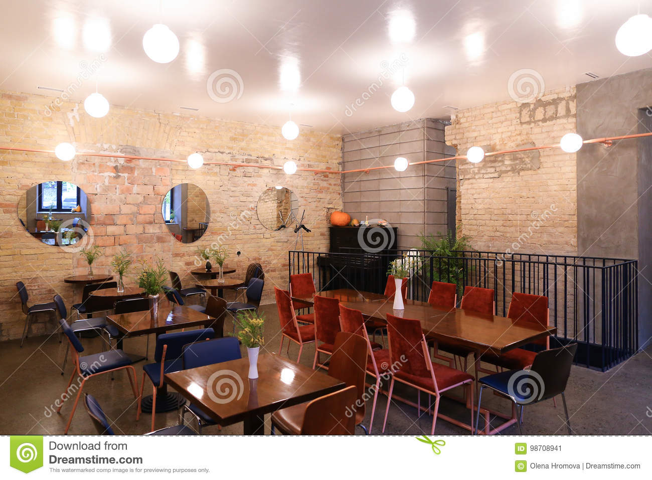 Capture Design Ideas Trendy Cafe Or Restaurant Because Bar Editorial Photo Image Of Beautiful Glass 98708941