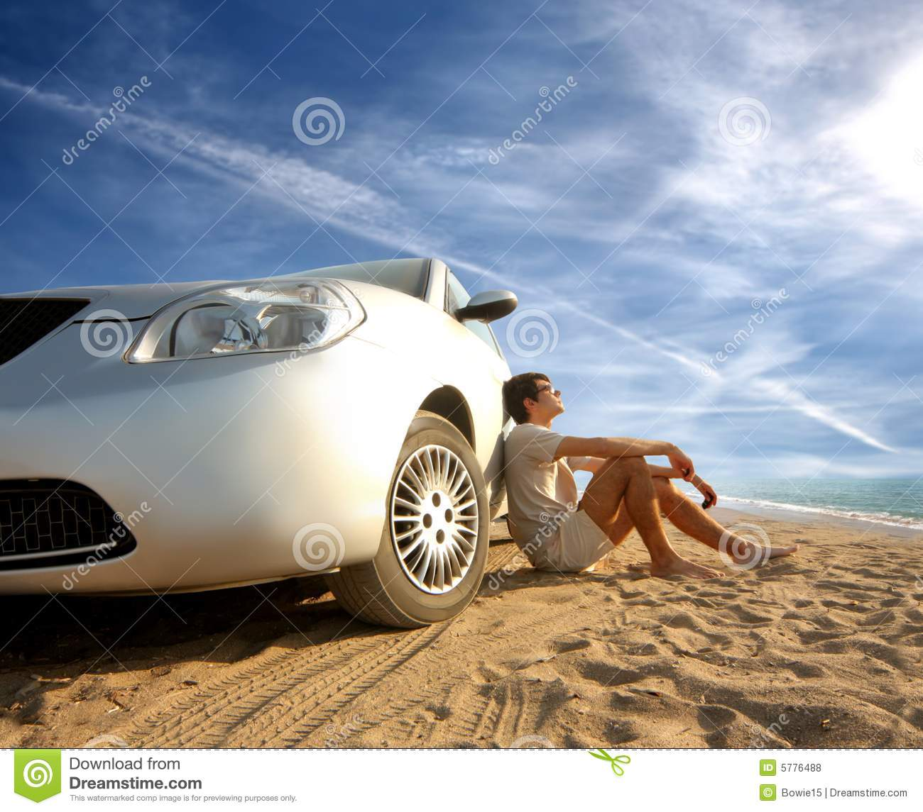 car on the beach royalty free stock photos image 5776488. Black Bedroom Furniture Sets. Home Design Ideas