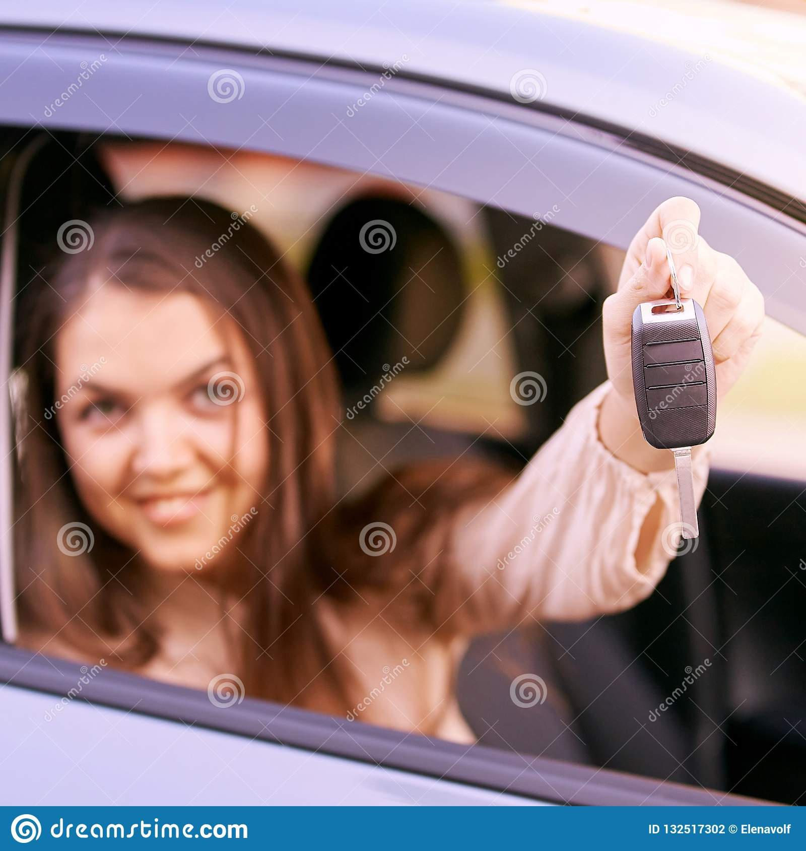 Car buy key. New rent automobile owner