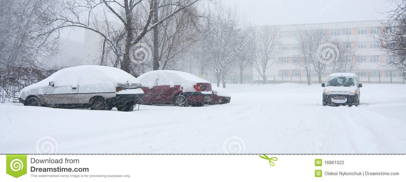 Car Covered In Snow : Car covered in snow stock photography image