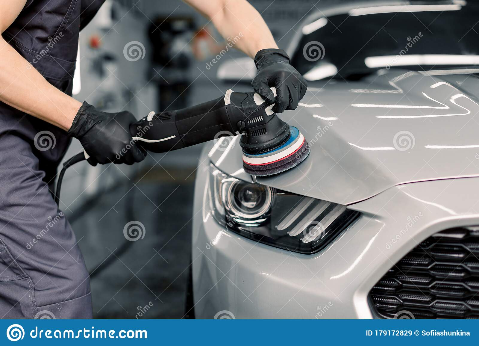 Car Detailing And Polishing Concept. Hands Of Professional ...