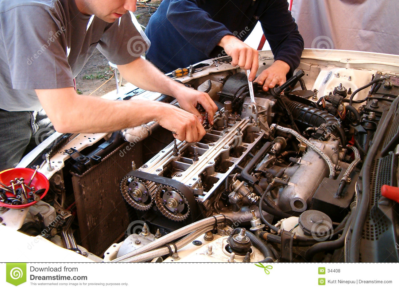 Car Engine Mechanic Royalty Free Stock Photos Image 34408