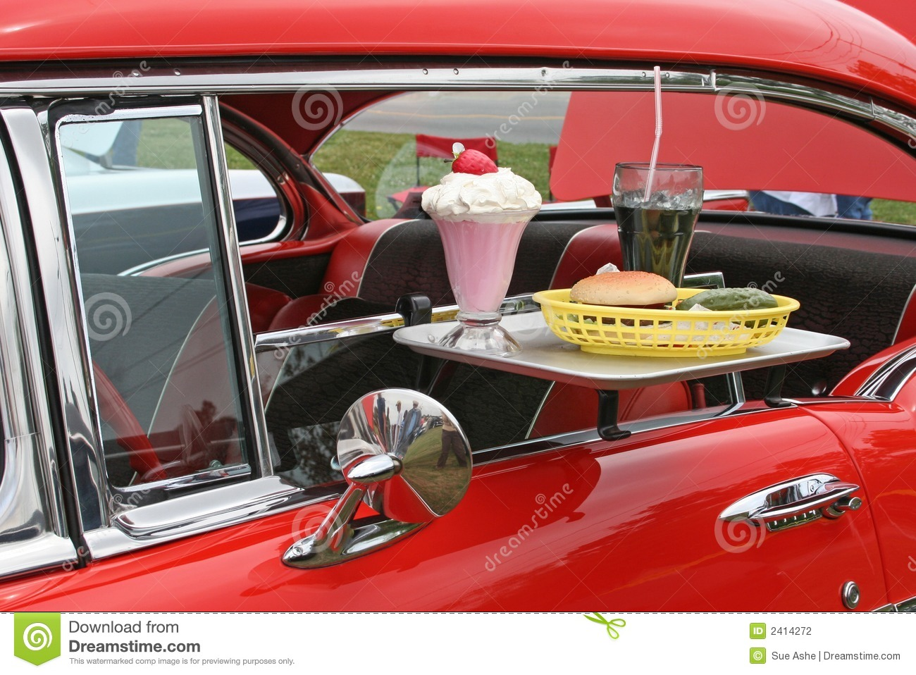 Car Hop Tray Fun Food http://www.dreamstime.com/stock-photography-car-hop-food-antique-car-image2414272