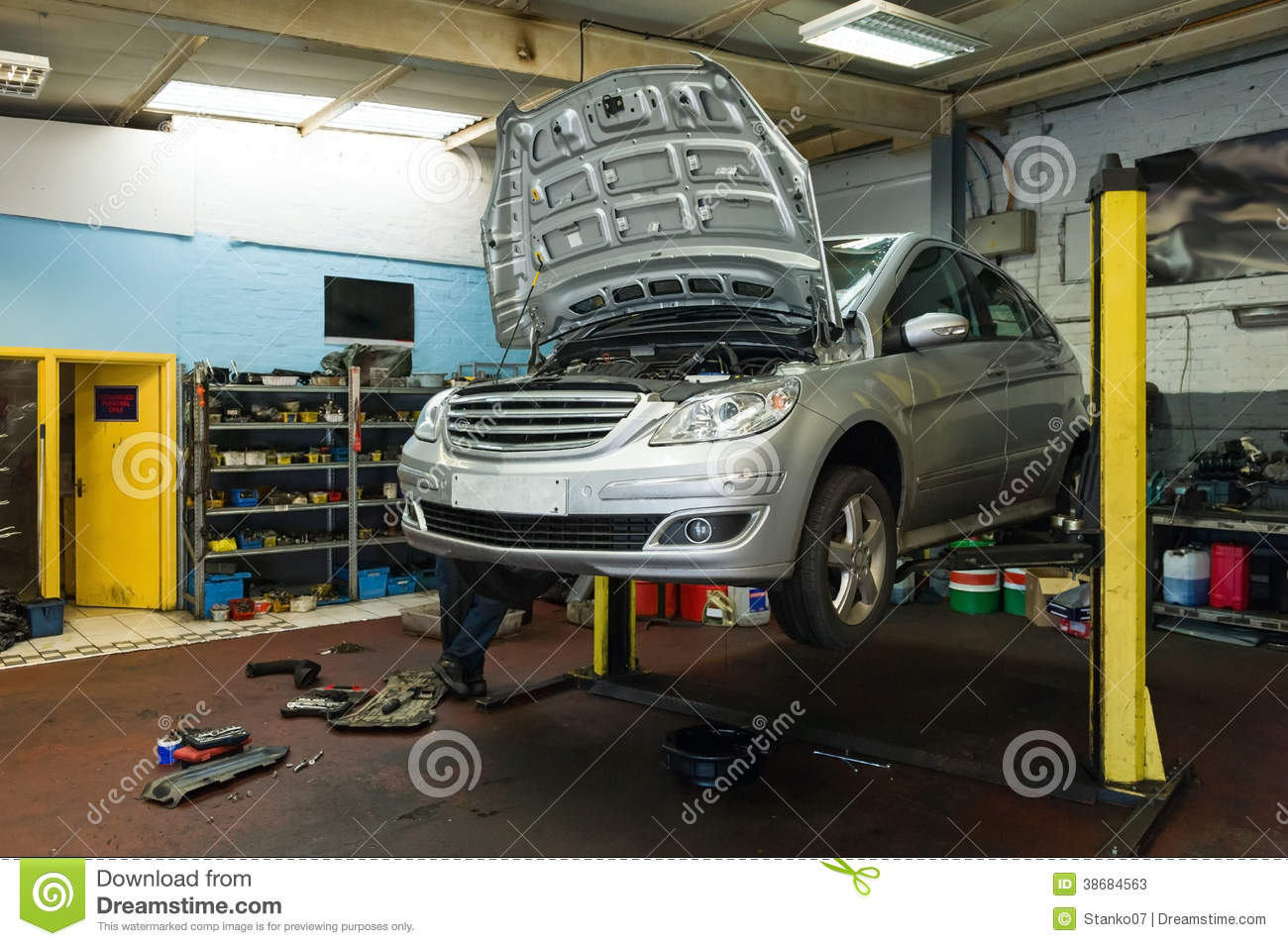 Car On A Lift In Garage Stock Image Image Of Engineering 38684563