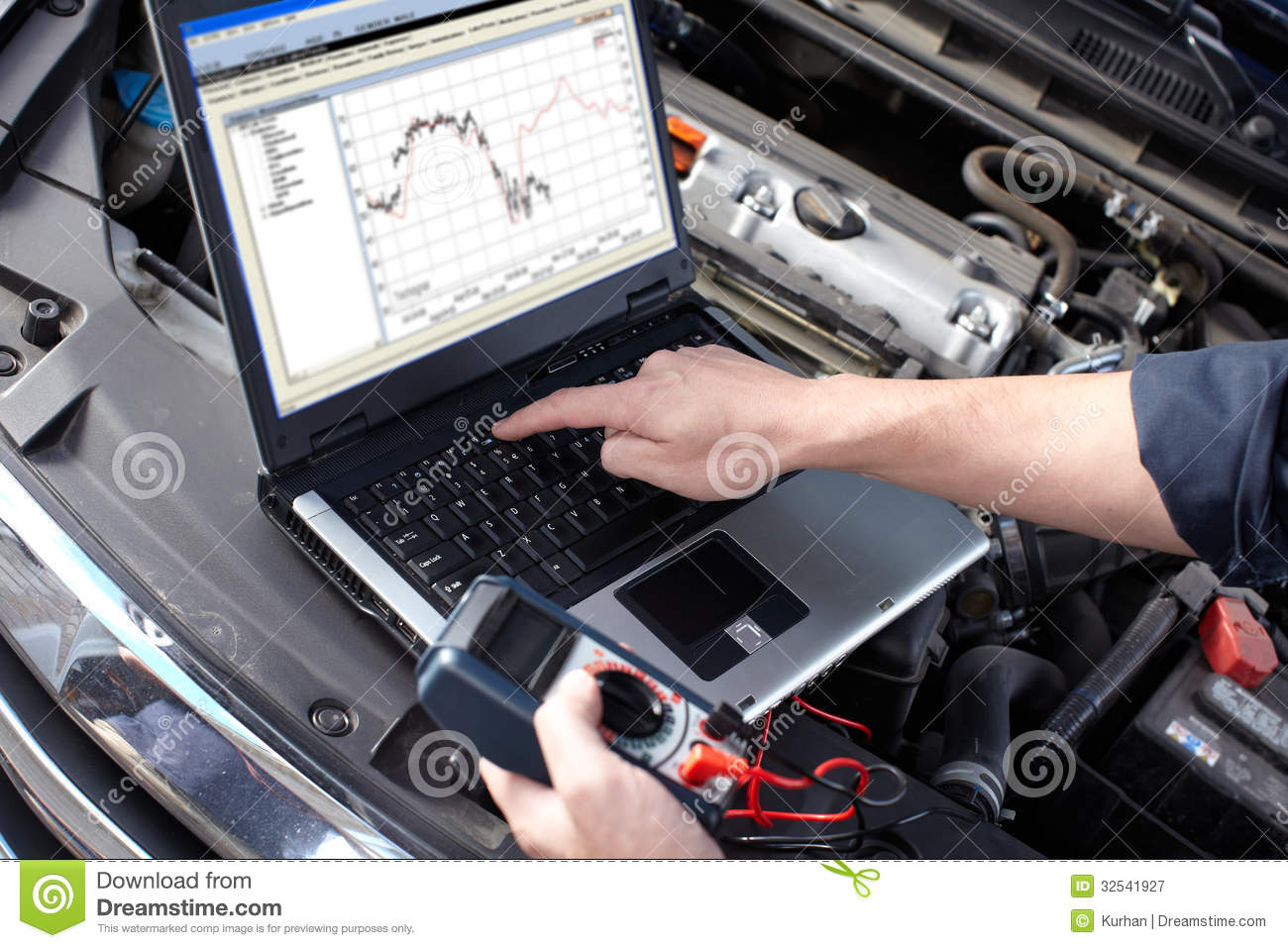car-mechanic-working-auto-repair-service-professional-32541927.jpg