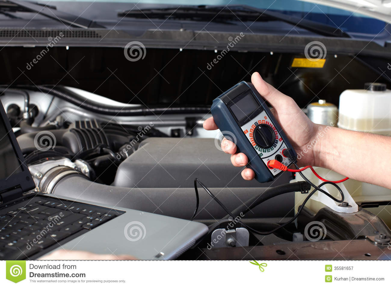 car-mechanic-working-auto-repair-service-professional-35581657.jpg