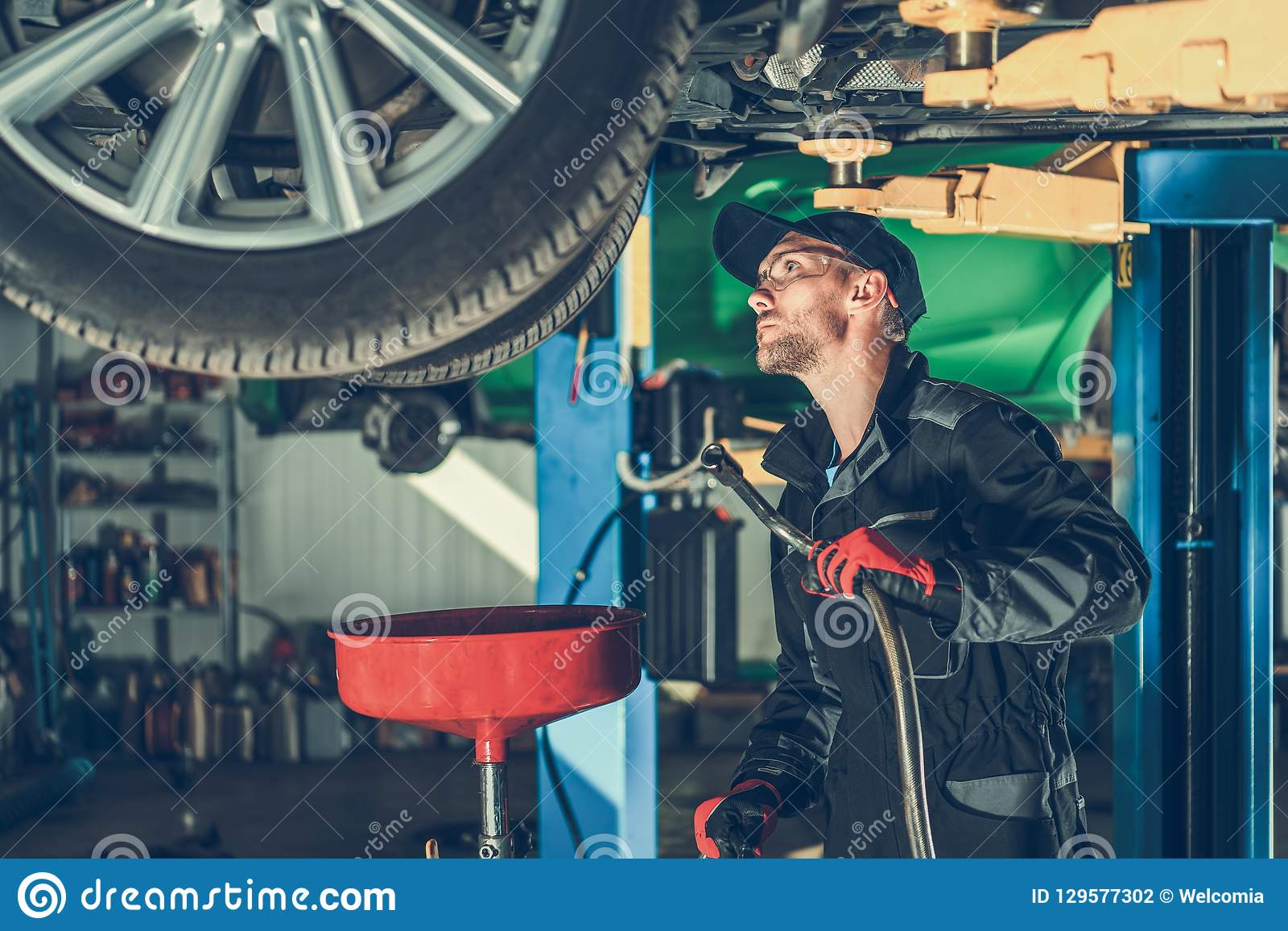 Car Oil Change in the Service