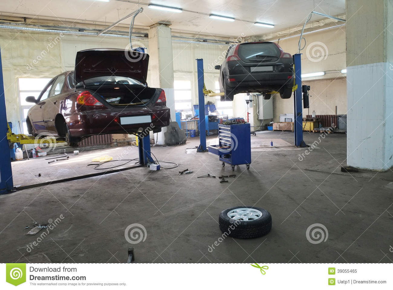 A car repair garage stock image image of automotive for Garage reparation auto