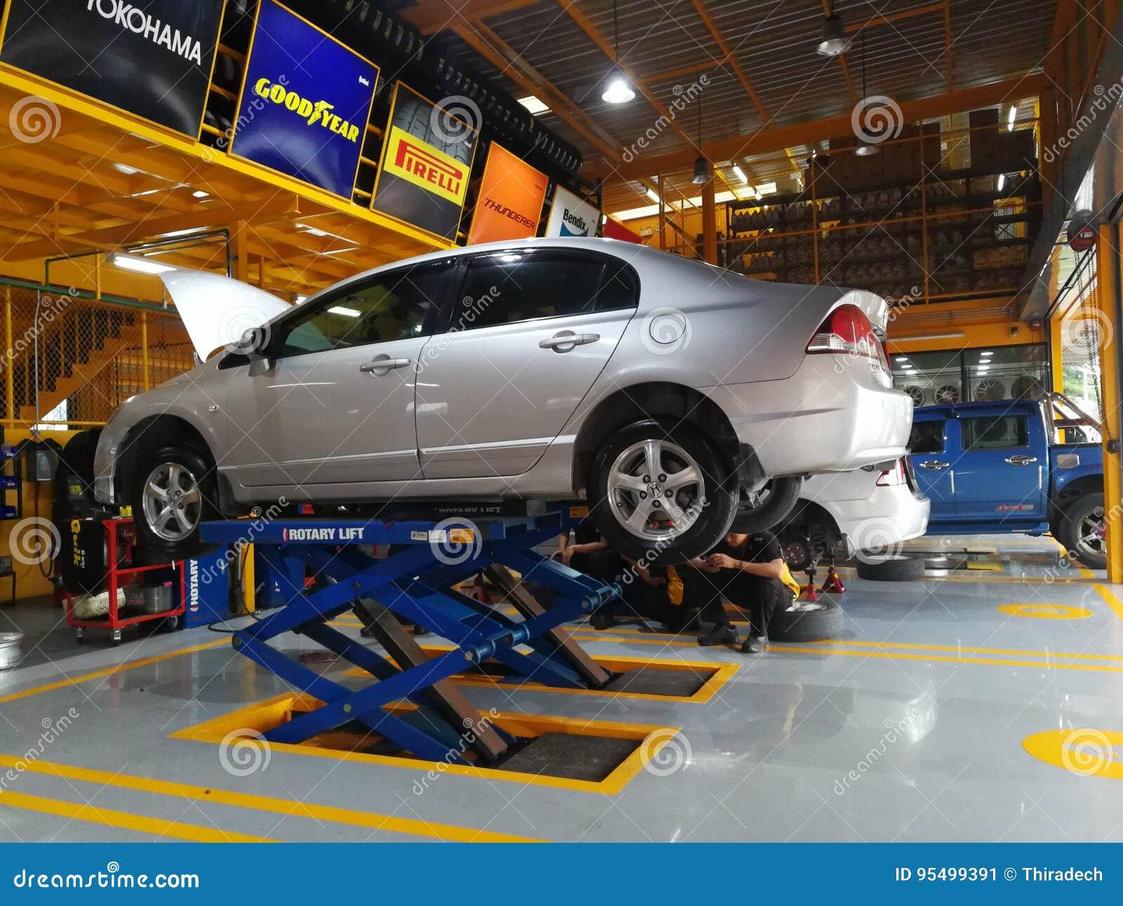 Car Repair And Maintenance >> Car Repair And Maintenance Services Editorial Photo Image