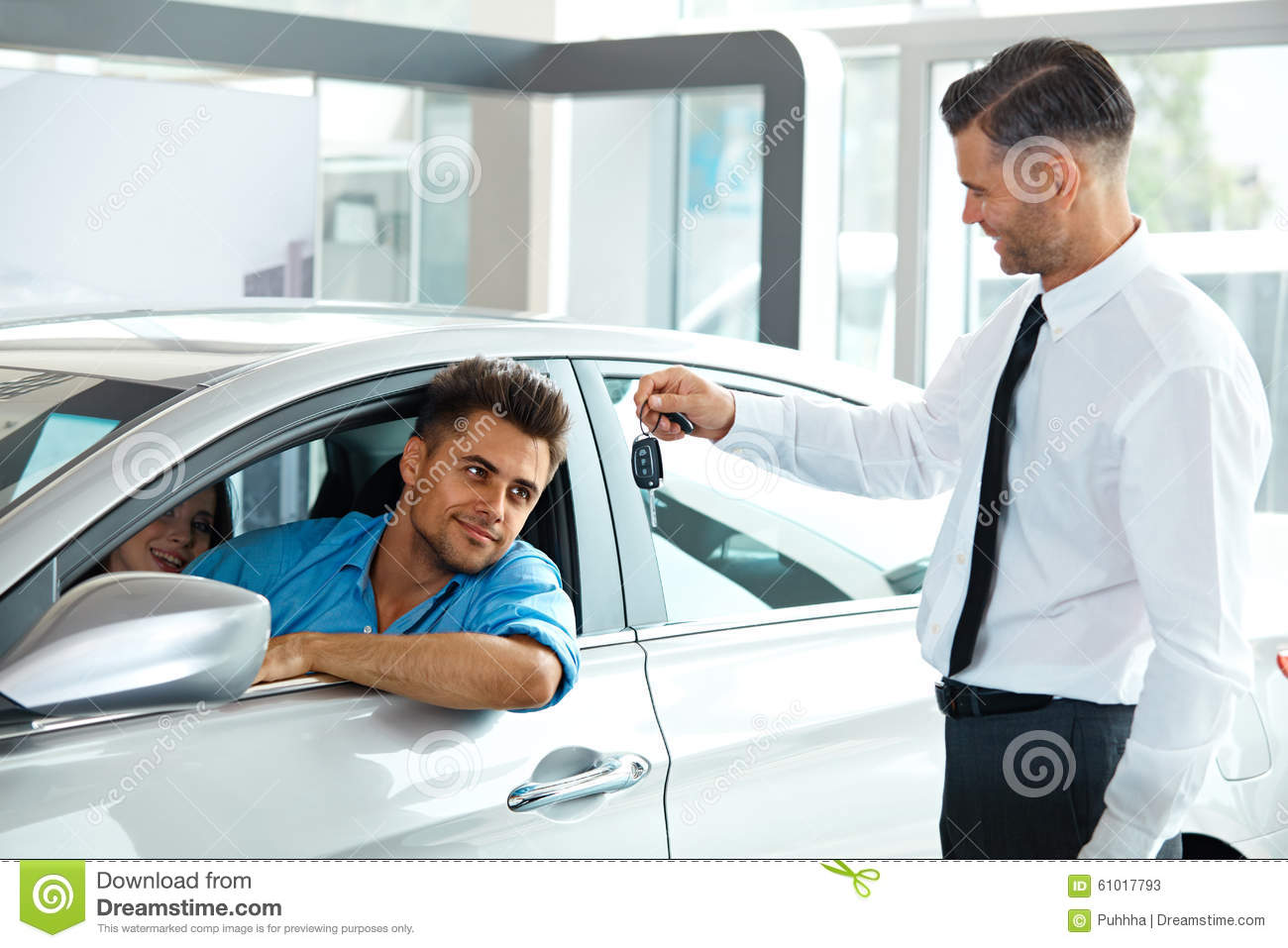 The Average Salary of a Car Salesman