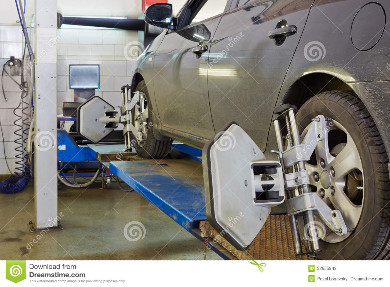 Car On Stand For Precision Wheel Alignment Camber Check
