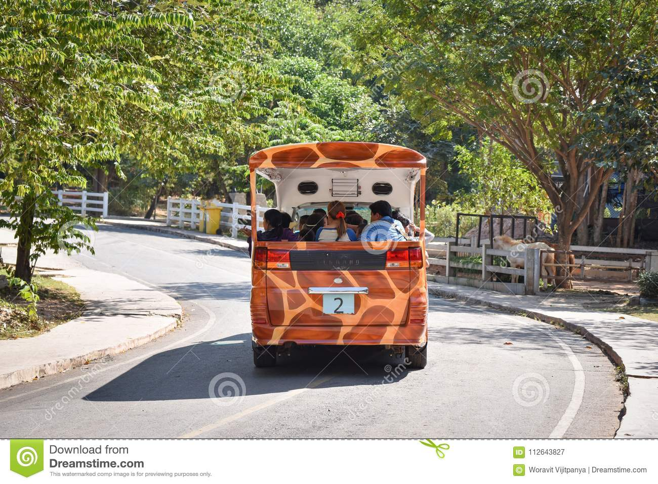 Car Tourist Travel At The Zoo Thailand Editorial Photography