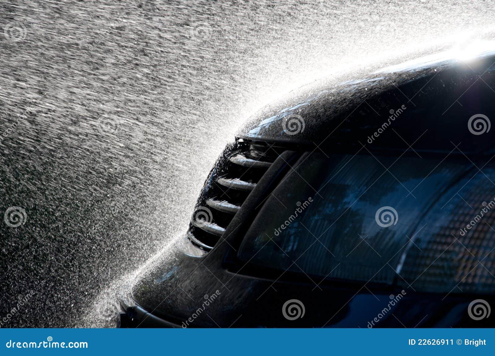 Spray Car Wash: Car Wash Stock Image