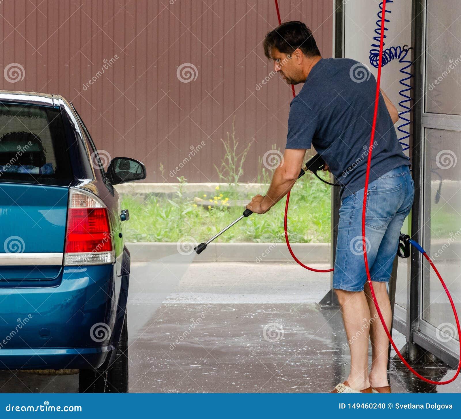 Car washing using high pressure water