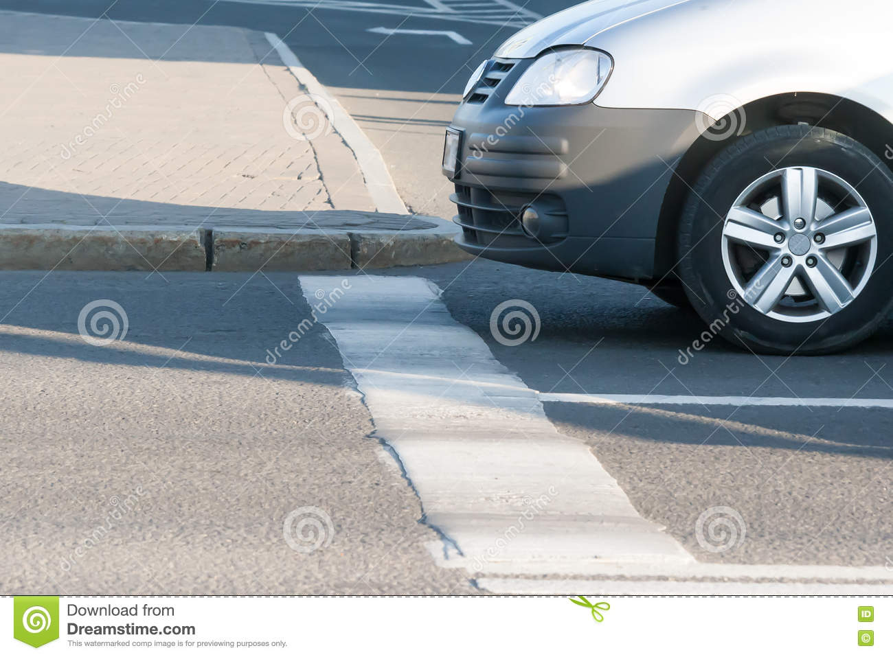 The car which has stopped forward wheels before the stop line