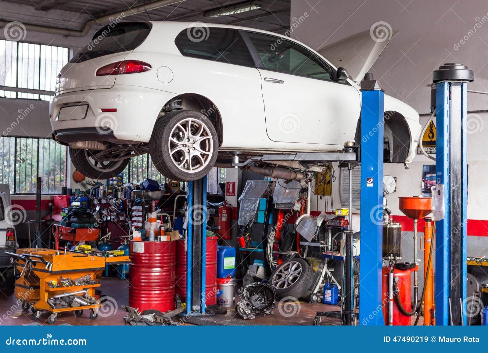 Design car repair workshop - Car Repairs Workshop