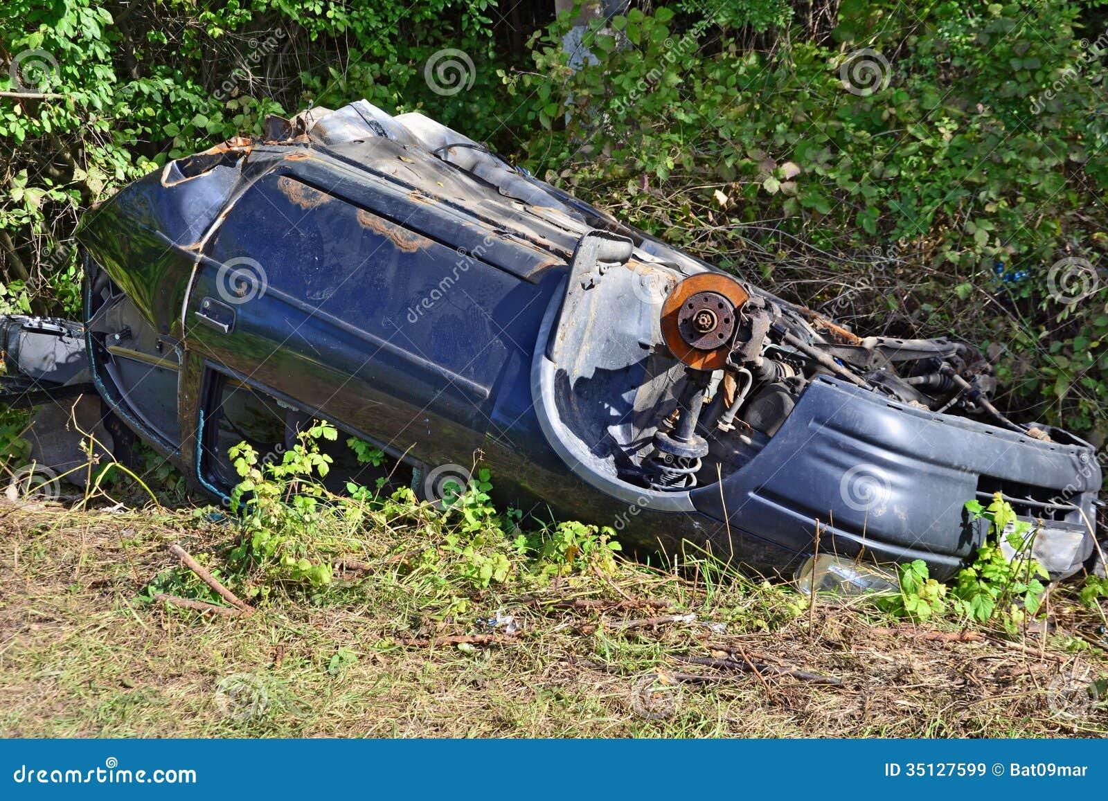 Car Wreck Abandoned Royalty Free Stock Images - Image: 35127599