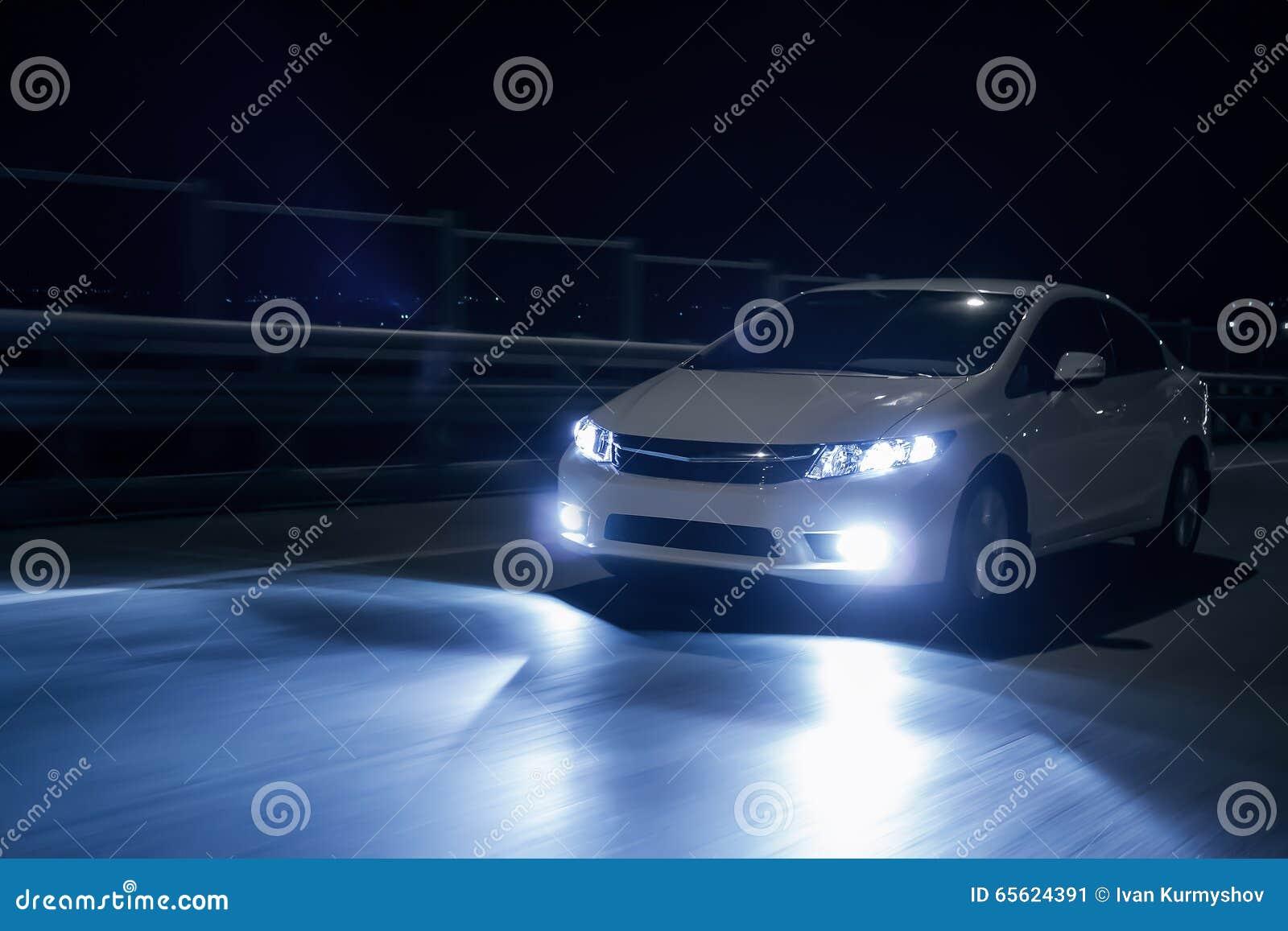 fast car on road cartoon vector 7467423. Black Bedroom Furniture Sets. Home Design Ideas