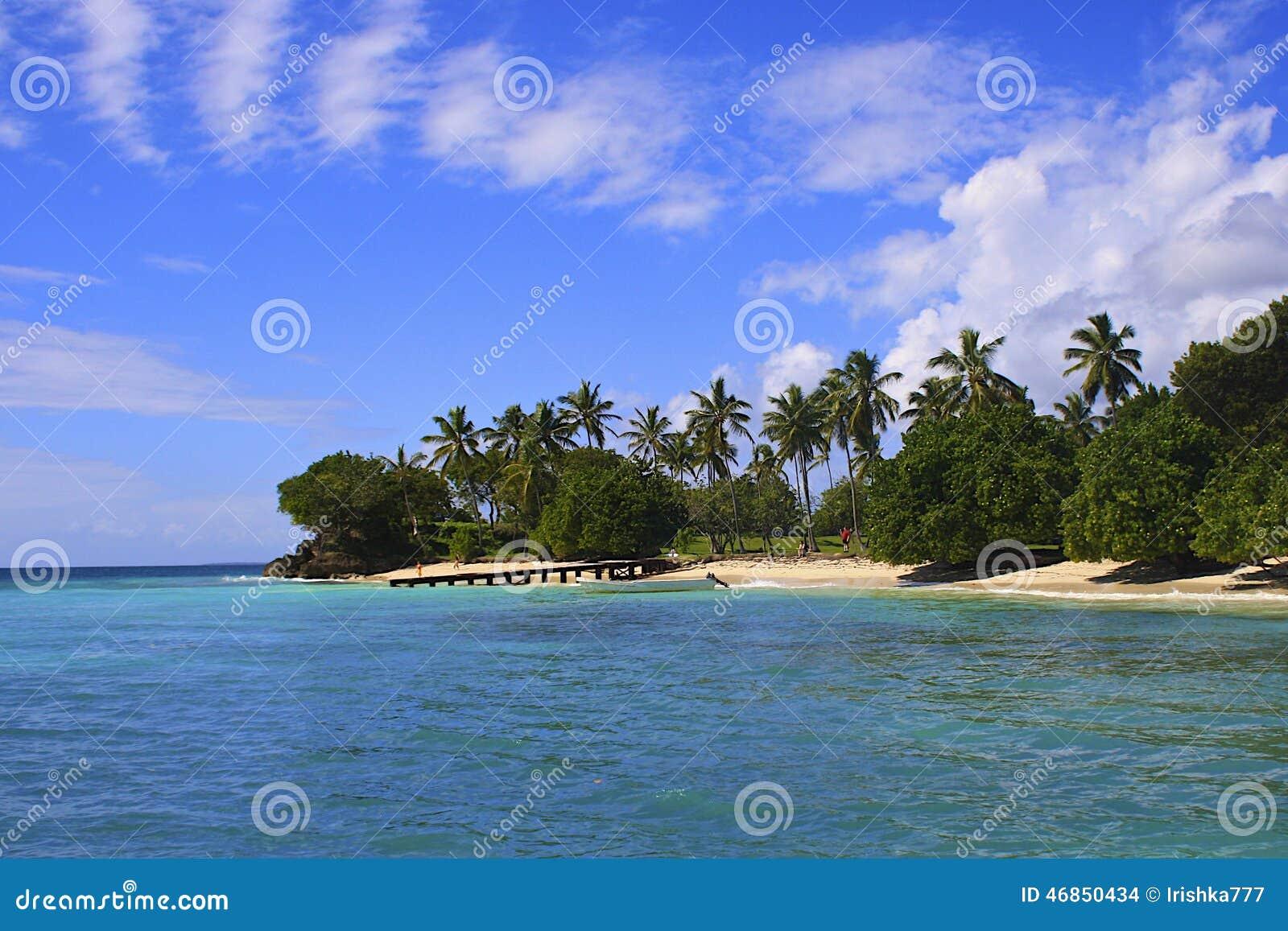 Caraïbisch strand, Samana-eiland, Dominicaanse republiek