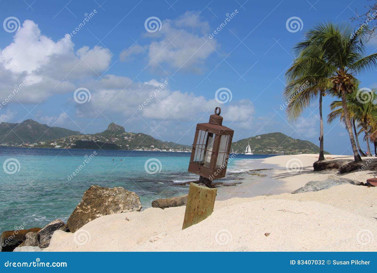 Caraïbisch Strand, St Vincent en de Grenadines