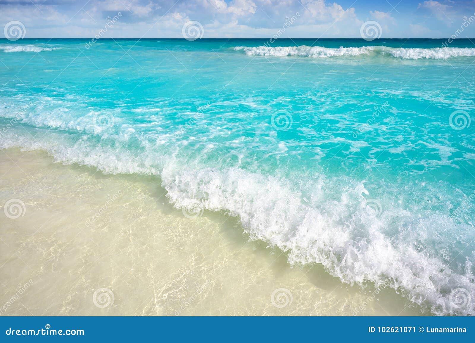Caraïbisch turkoois strand in Riviera Maya