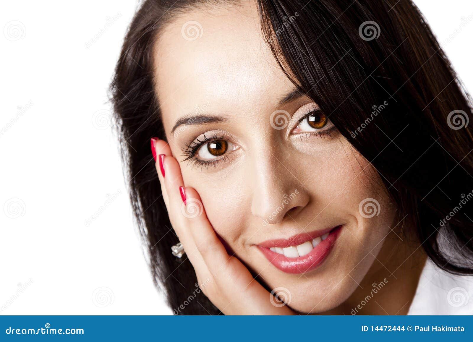 Cara feliz de una mujer de negocios hermosa