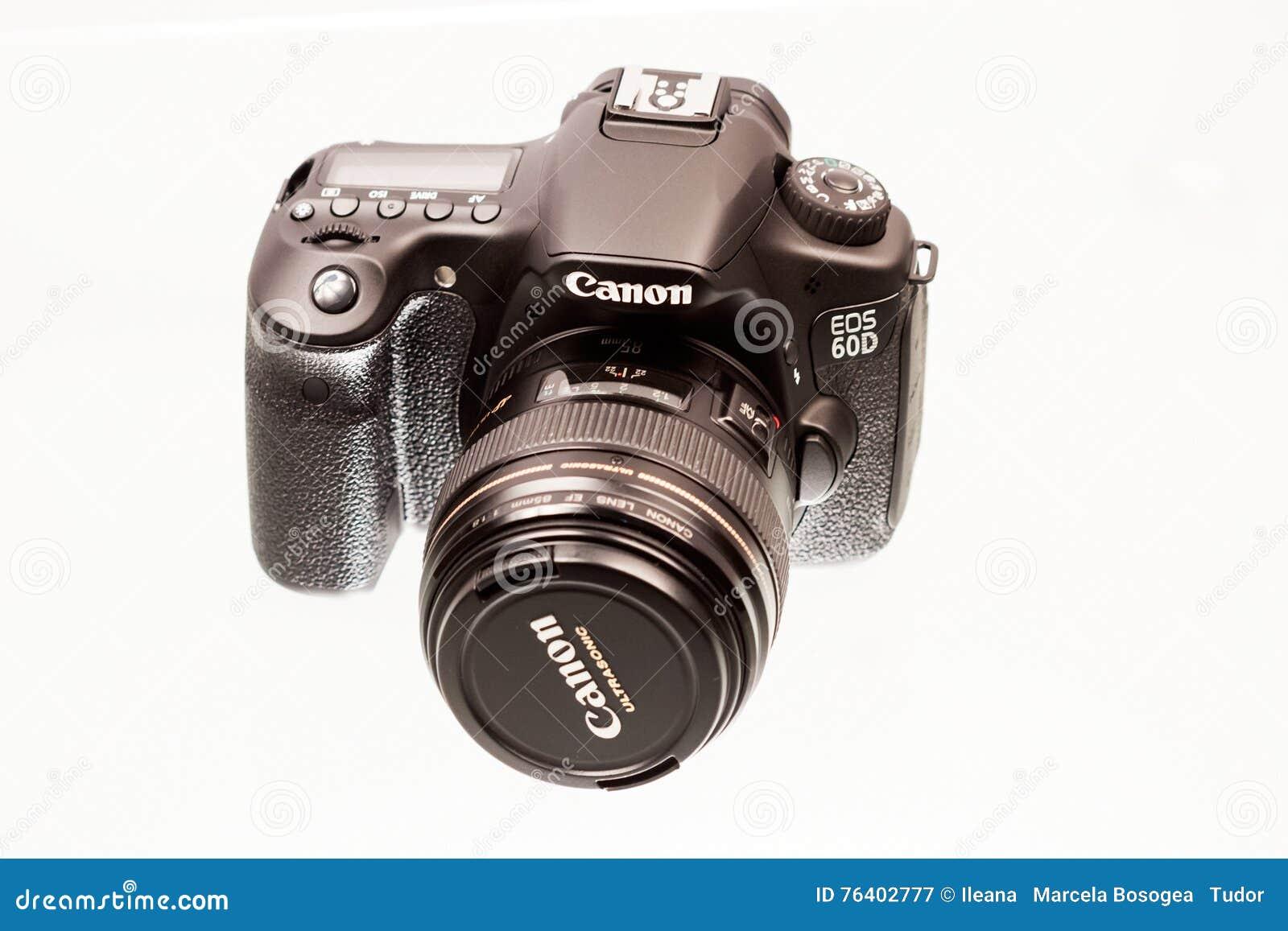 CARACAL RUMÄNIEN, 19 12 2012 Sikt av den Canon 60D kameran med linsen