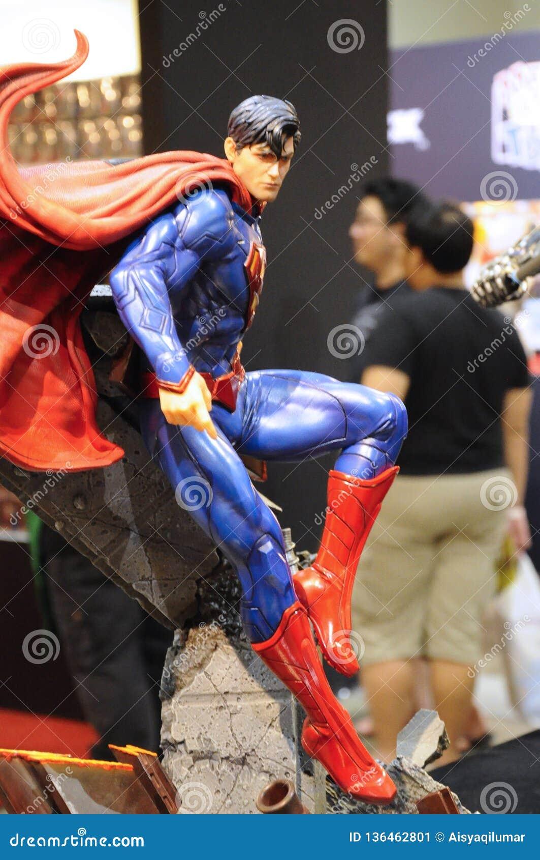 Caractère des nombres d actions de Superman des films de C.C et comique fictifs
