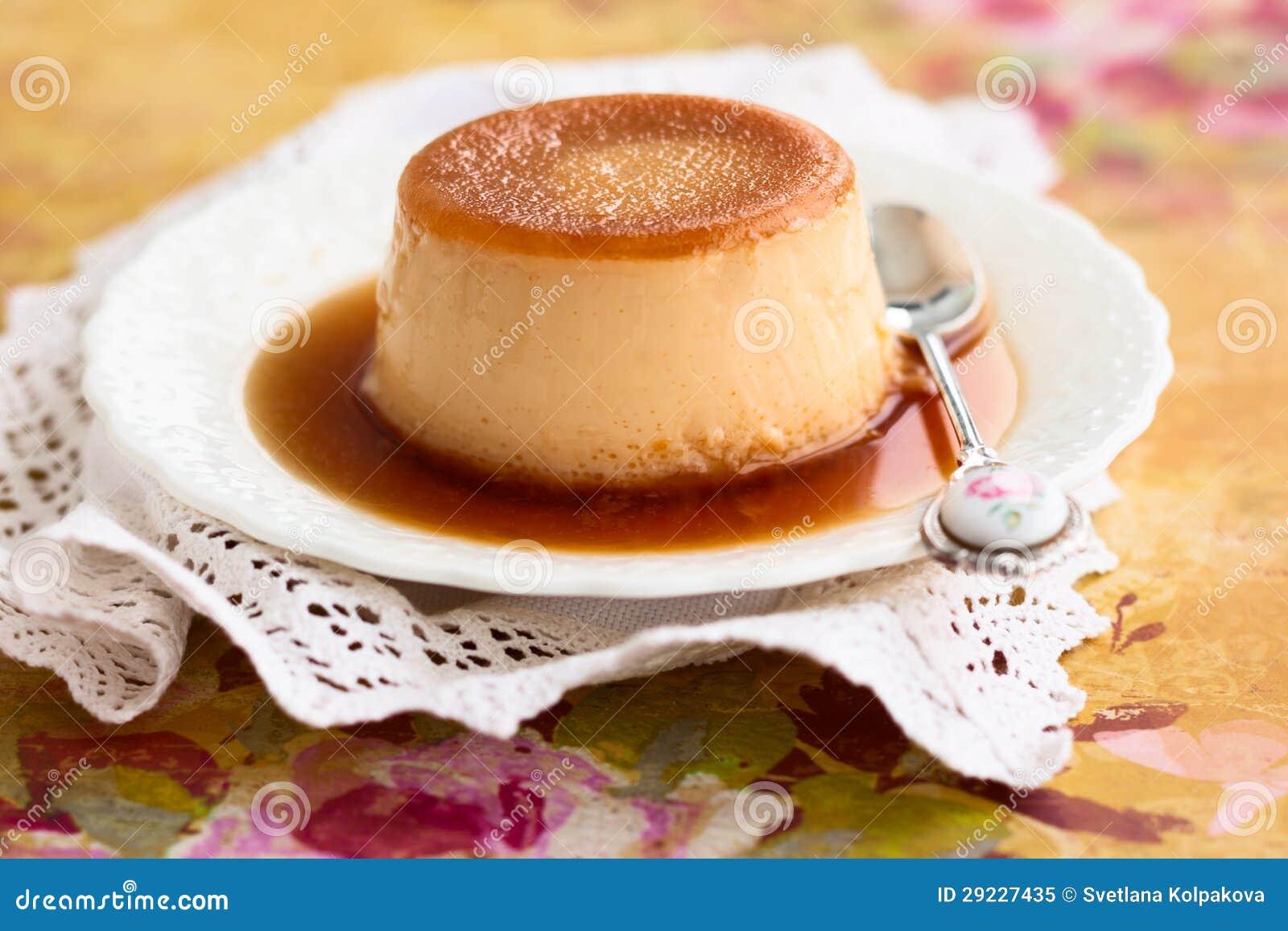 Download Caramelo de nata imagem de stock. Imagem de ninguém, mousse - 29227435