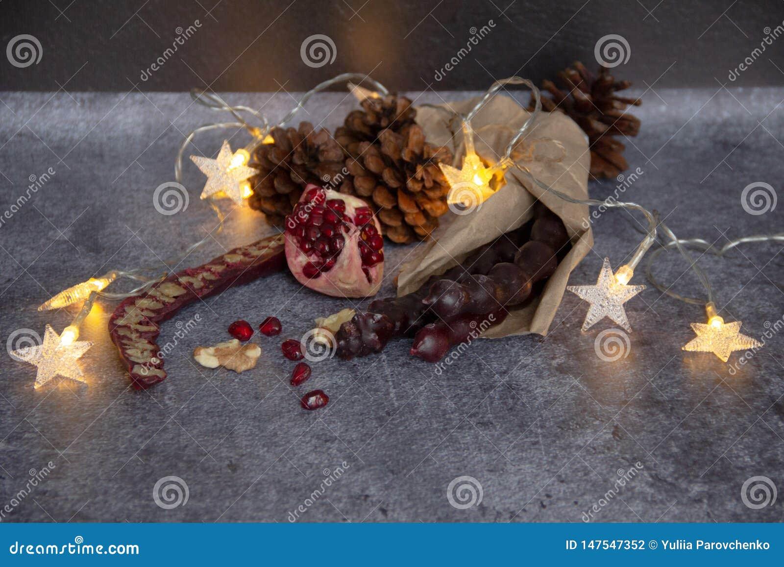 Caramelo vela-formado georgiano tradicional Churchkhela