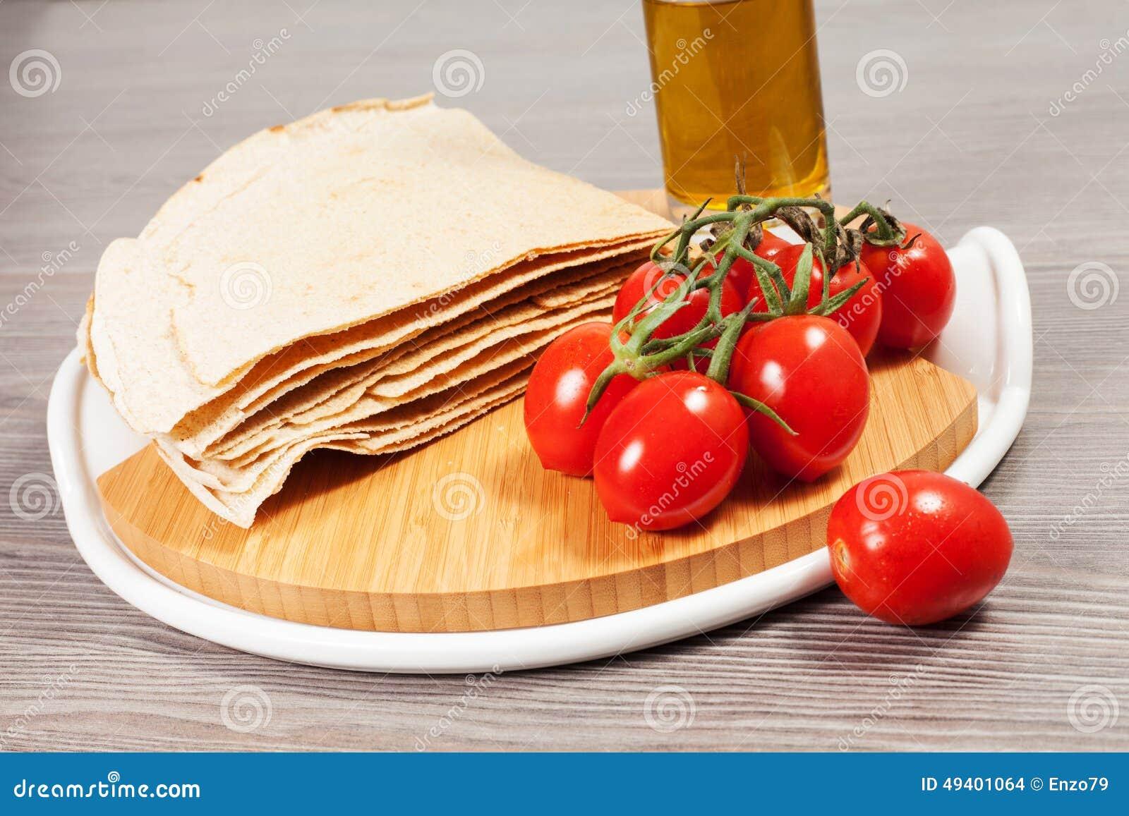 Download Carasau-Brot Von Sardinien Italien Stockfoto - Bild von cuisine, typisch: 49401064