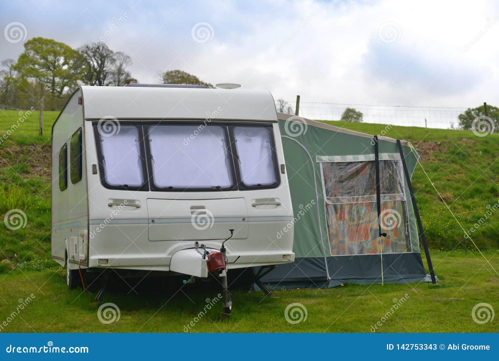 Caravane en vacances, vacances dans le style au R-U