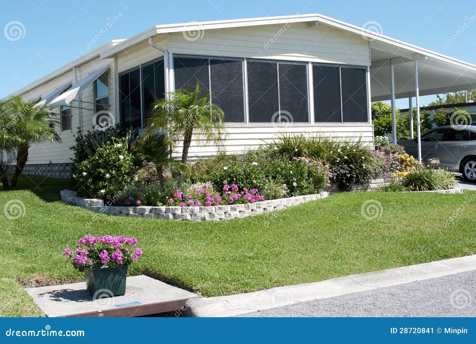 Caravane r sidentielle dans les tropiques image stock image 28720841 - Caravane d architecture ...