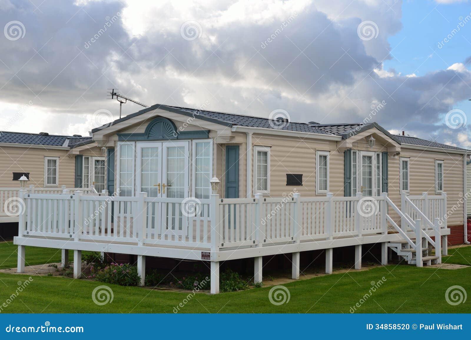caravane r sidentielle moderne photo stock image 34858520. Black Bedroom Furniture Sets. Home Design Ideas