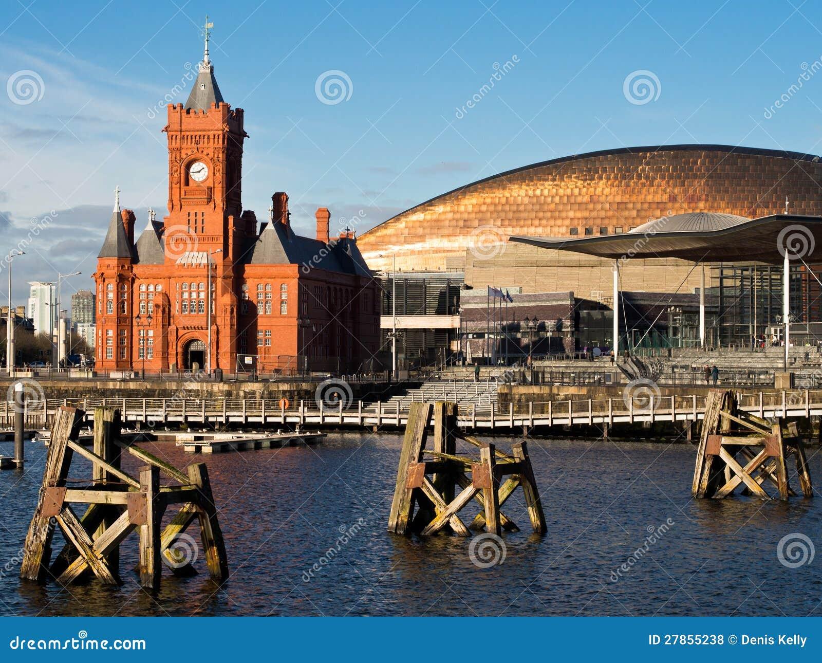 Cardiff Podpalana Nabrzeża Architektura